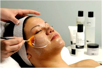 Advanced facial peels step in which the