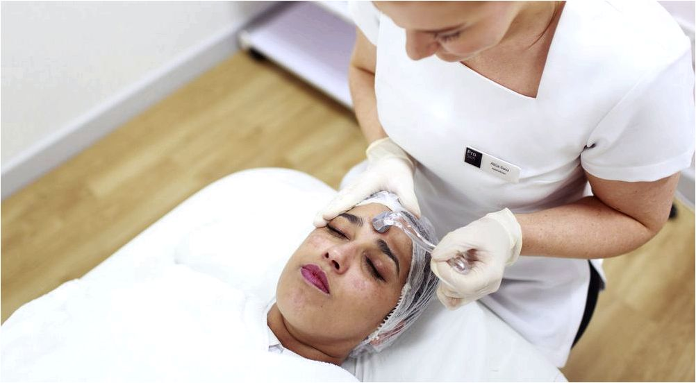 Dermaroller treatment within the skin